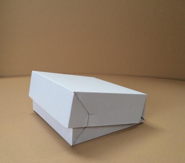 krabica na tortu